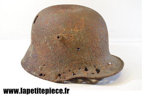 Coque de casque Allemand modèle 1916, pièce de terrain