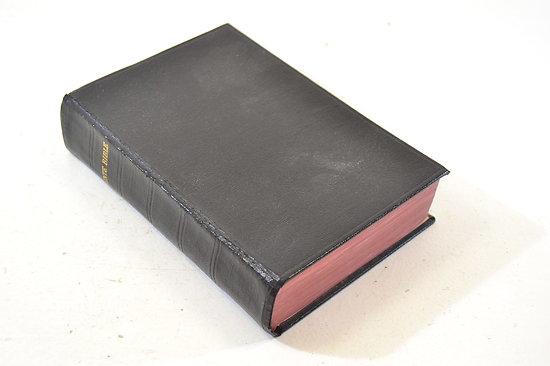 La Sainte Bible - 1929. Aumonier militaire
