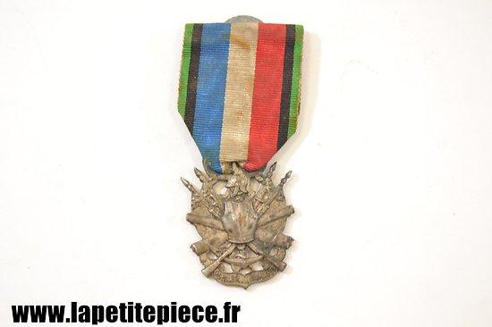 Médaille des vétérans de la Guerre 1870 - 1871 - Oublier Jamais