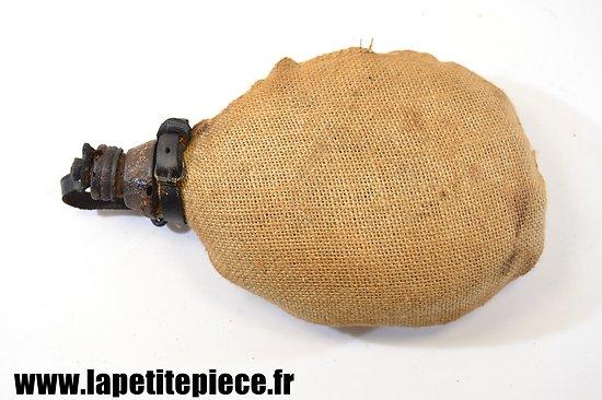 Bidon Allemand modèle 1915 restauré