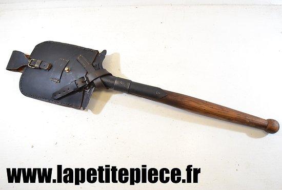 Pelle-bêche modèle 1879 avec étui repro.