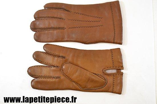 Paire de gants en cuir style Officier Français Première ou Deuxième Guerre Mondiale