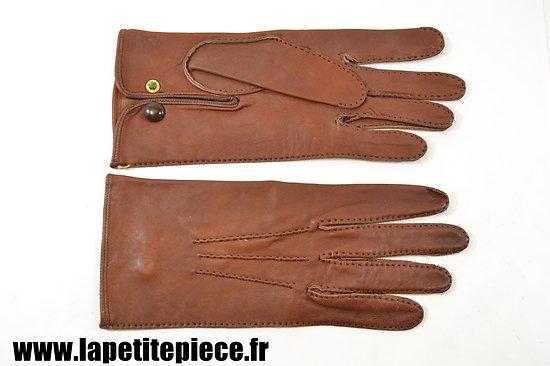 86d0ecefc2c7 Paire de gants en cuir style Officier Français Première ou Deuxième Guerre  Mondiale