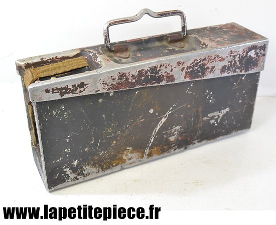 Caisse Allemande aluminium, fermoir restauré