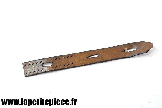Repro élément de jugulaire casque Allemand modèle 1935