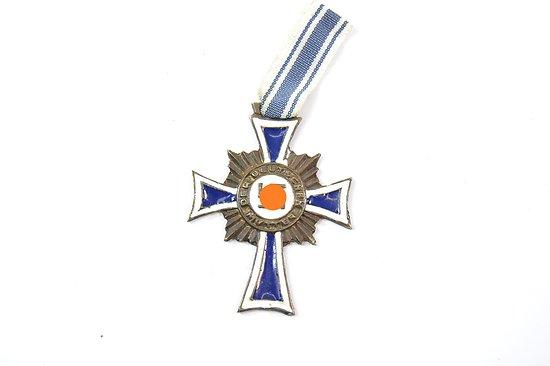 Repro médaille MUTERKREUZ 1938