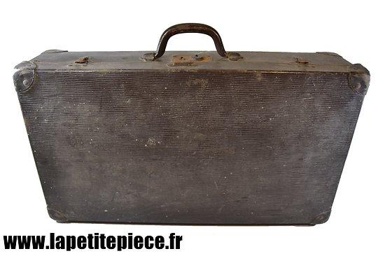 Valise années 1930 - 1940. Idéal déporté reconstitution