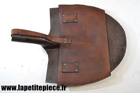 Tête de pelle portative style France modèle 1935