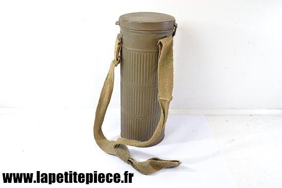 Boiter de masque à gaz Français années 1920.