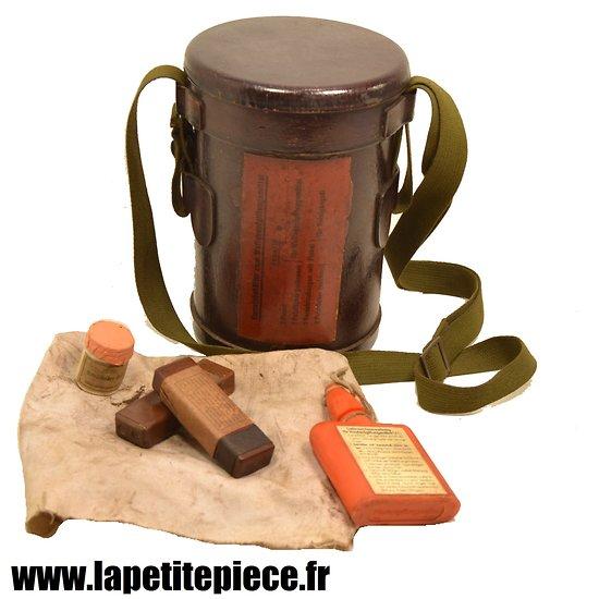 boitier kit de d contamination pour armes allemand. Black Bedroom Furniture Sets. Home Design Ideas