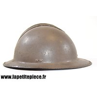 Coque de casque Adrian modèle 1926, visière plate, fabrication à déterminer