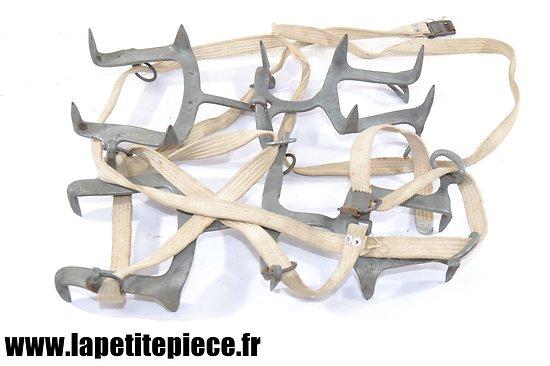 Paire de crampons Français WW2 - SIMOND Chamonix