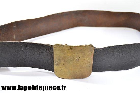 Ceinturon Français modèle 1845 avec son cuir. 1870 et WW1