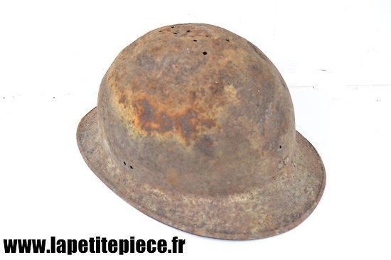 Coque de casque Français Deuxième Guerre Mondiale- pièce de terrain