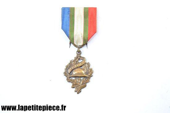 Médaille UNC, Union National des Combattants - Chobillon Paris