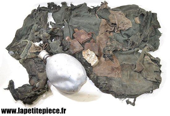 Vestiges Allemand de la Deuxième Guerre Mondiale, veste roseaux