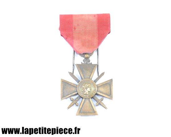 Croix de Guerre des Théâtres d'Opérations Extérieurs