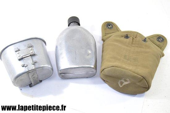 Bidon US WW2 - M1910 avec housse et quart