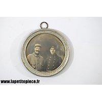 Cadre médaillon soldats Français Première Guerre Mondiale