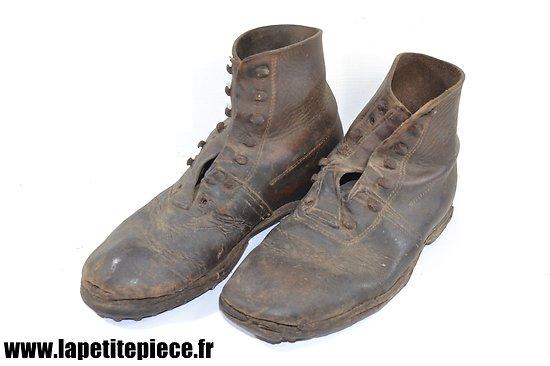 Paire de brodequins style Montagne France modèle 1940