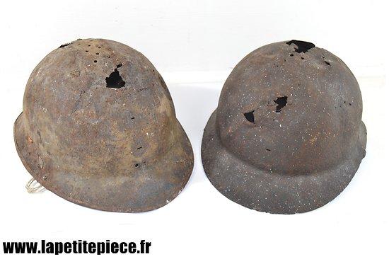 Deux épaves de casque Français Deuxième Guerre Mondiale. Modèle 1926