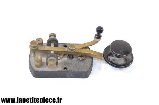 Appareil américain pour le Morse - Morse Key H15.681 WM.M. NY. E. CO. Inc.
