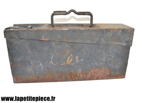 Caisse à munitions Allemand Patronenkasten 15/34 1940, fer, bleu luftwaffe