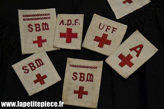 Repro patch brodé Croix Rouge SBM ADF UFF Infirmière Administrative. Cape et pèlerine