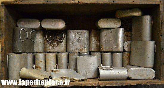 Collection quarts Français Bataille de France mai-juin 1940 département des Ardennes. 155 RIF  / HOE ...