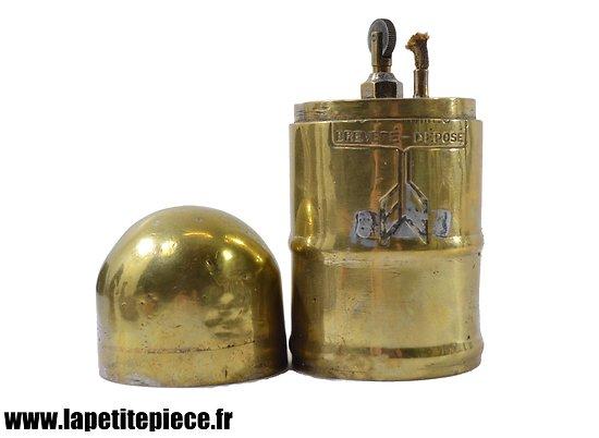 Briquet de table français en forme d'obus, début du XXème siècle. Artisanat