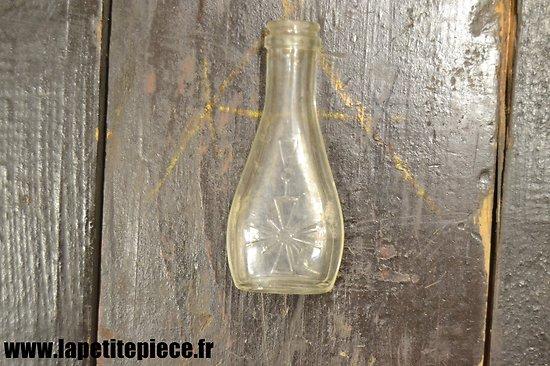 Fiole d'alcool de menthe Française Première Guerre Mondiale, Croix de Guerre.
