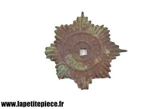 Badge cap Anglais WW1 - pièce de terrain
