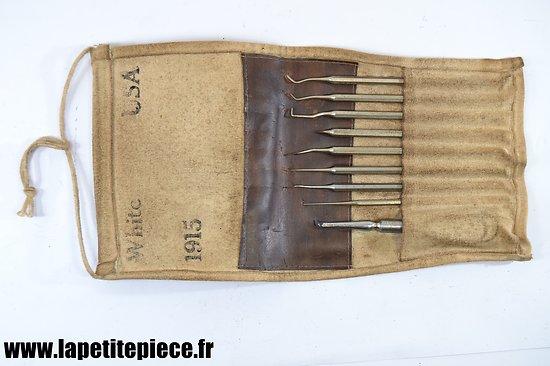 Repro trousse dentaire Première Guerre Mondiale.