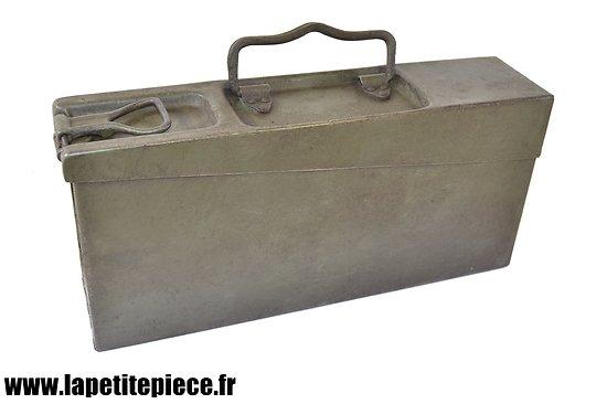 Caisse Allemande MG08-15 Fer, Première Guerre Mondiale. Reconditionnée.