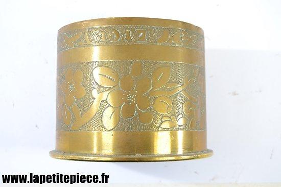 """Pot vase artisanat """"1917"""" Première Guerre Mondiale"""