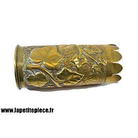 Vase artisanat - décor floral. Première Guerre Mondiale