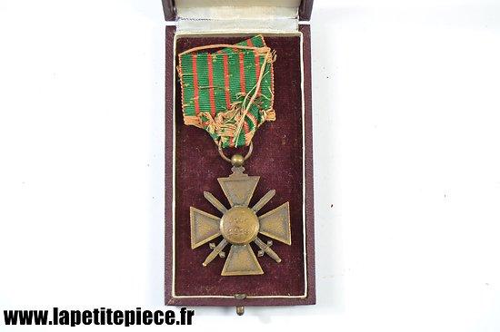 Croix de Guerre 1914-1918 avec citation et boite