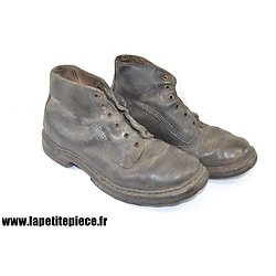 Brodequins cuir anciens. Taille 41