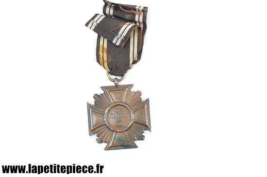 Médaille Allemand NSDAP 10 ans de service. Treue für führer und volk