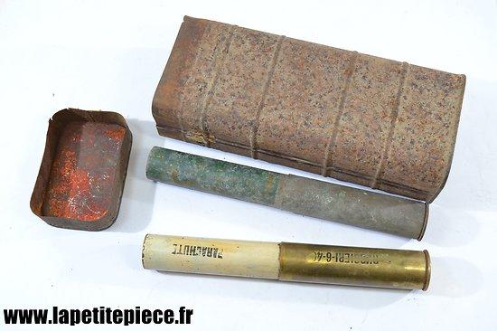 Boite de six cartouches de 25mm pour lance fusées Armée Française