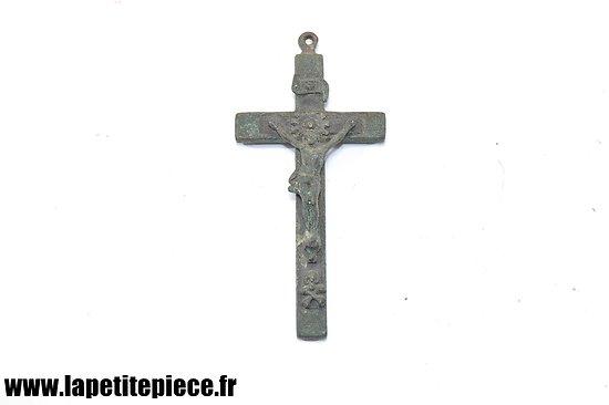 Crucifix de style Allemand, époque Première Guerre Mondiale.