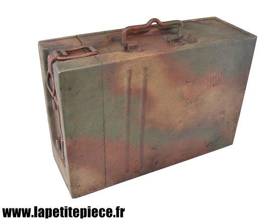 Caisse de transport pour deux chargeurs 2 cm Flak 30/38, reconditionnée
