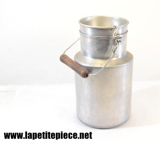 Pot à lait en aluminium TOURNUS années 1930 - 1940