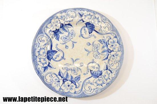 Assiette décor bleu floral, fin 19e - début 20e Siècle