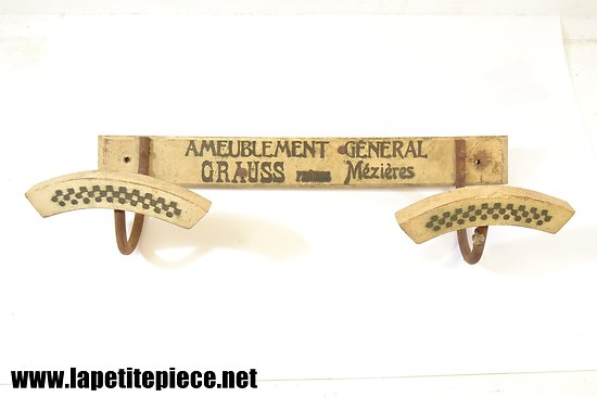 Porte manteau publicitaire Ameublement général GRAUSS Frères à Mézières (Ardennes)