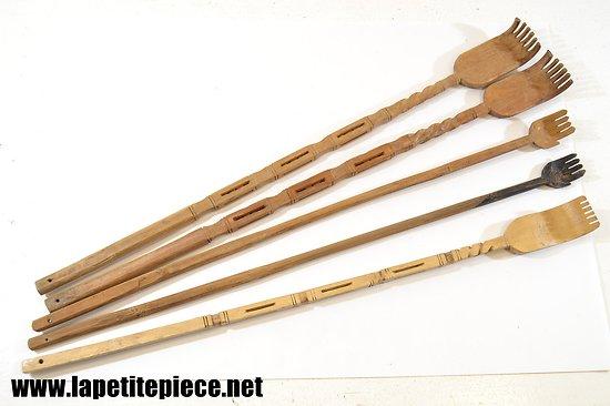 Collection de gratte dos en bois sculpté  Japon