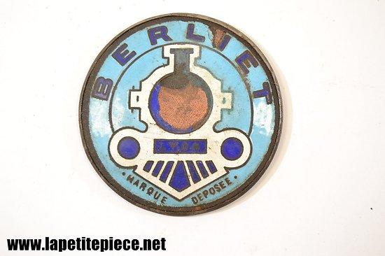 Plaque / insigne de véhicule BERLIET LYON