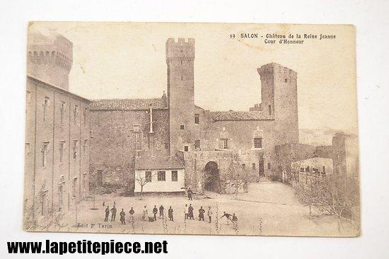 Salon (Salon de Provence), chateau de la Reine Jeanne, cour d'honneur