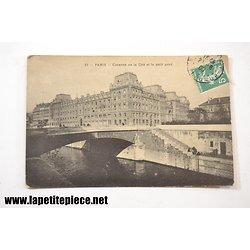 Paris - caserne de la cité et le petit pont