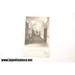 Abbaye de Flavigny - cloitre intérieur (1ere série n°2)